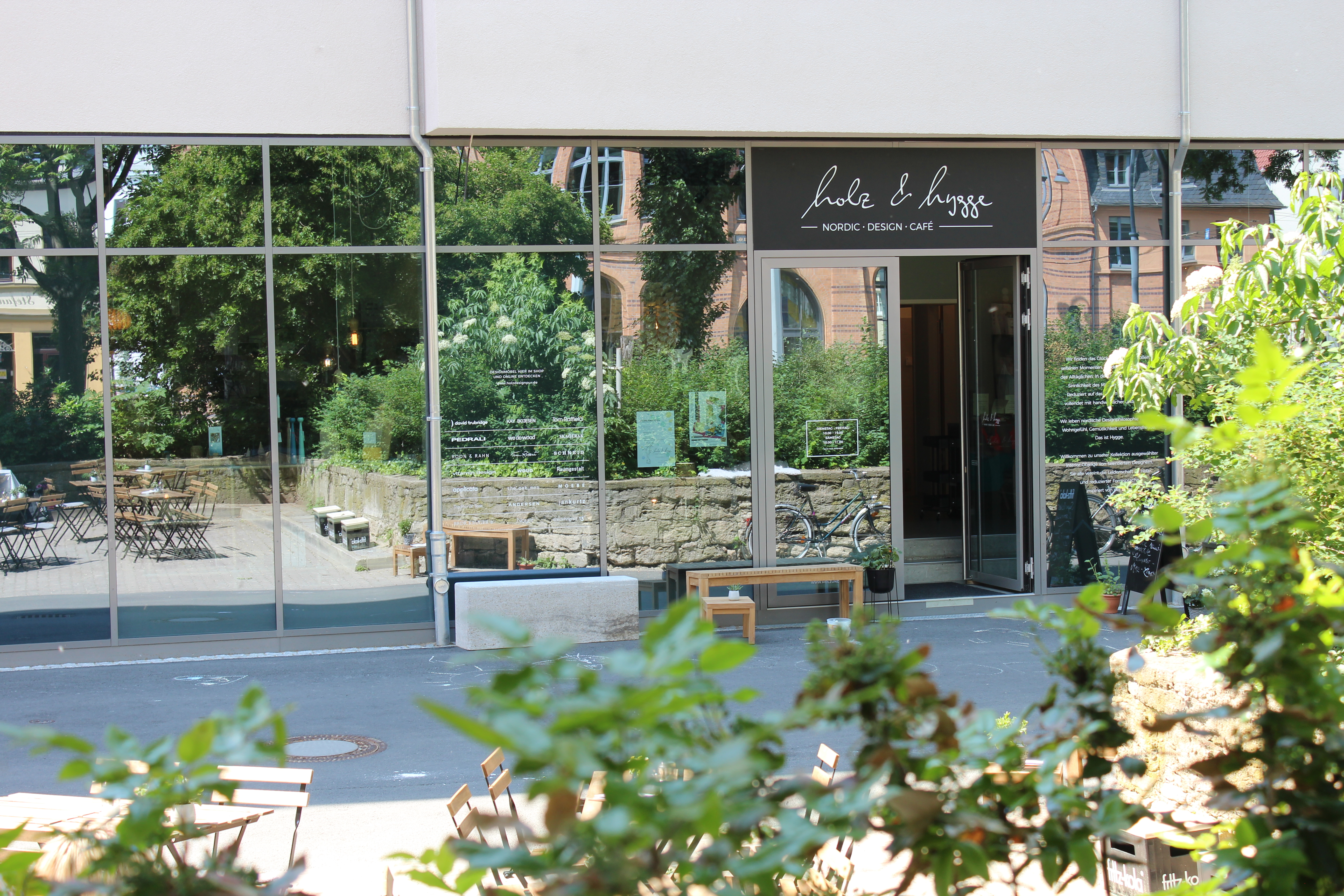 Holz & Hygge Café