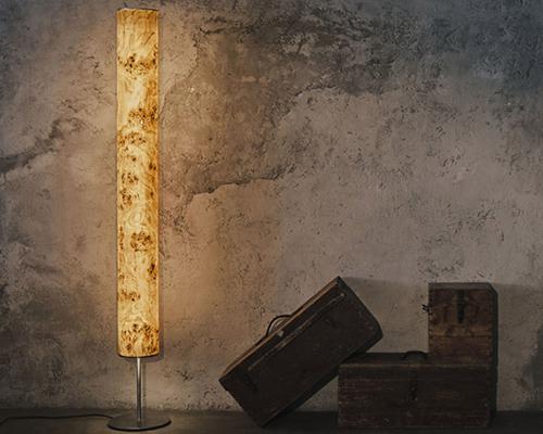 Holz und Hygge Möbel Jena Showroom Shop LeuchtNatur Arbor Stehlampe LED Pappel Maser